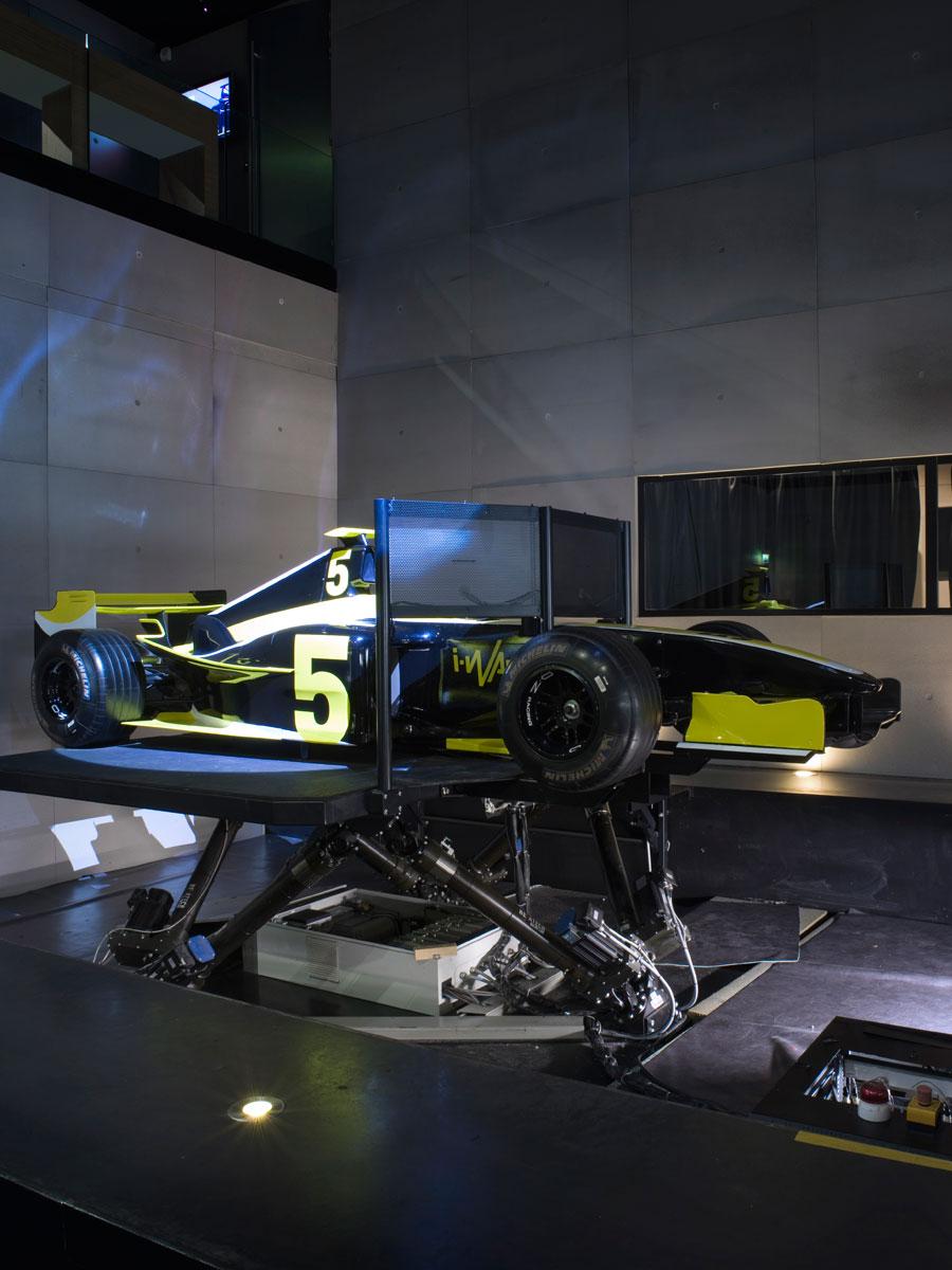 Simulateur de course automobile