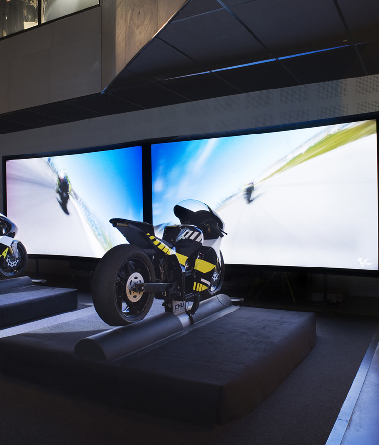 Simulateur Moto GP - Une technologie de pointe