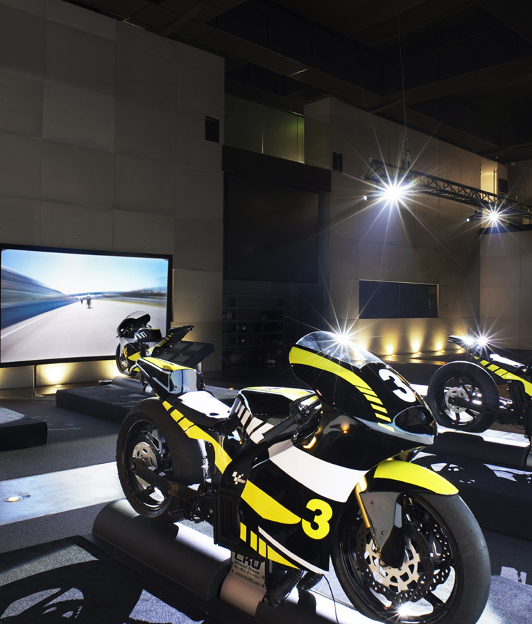 Simulateur Moto GP - 4 machines uniques au monde