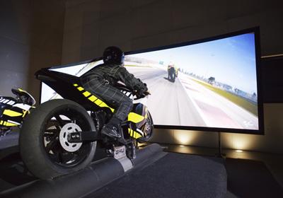 Piloter un Moto GP à Lyon